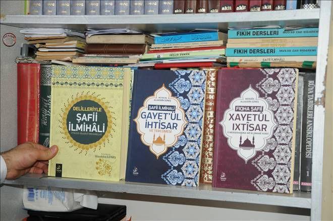 Kürtçe`ye çevrilen dini kitaplar gün yüzüne çıkıyor