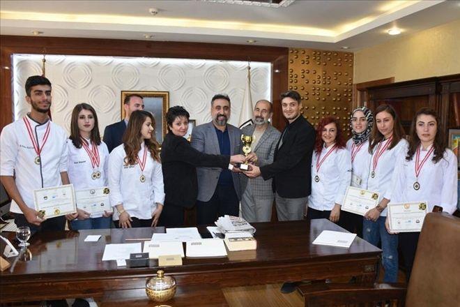 Turizm Fakültesi Öğrencilerinden birincilik ödülü