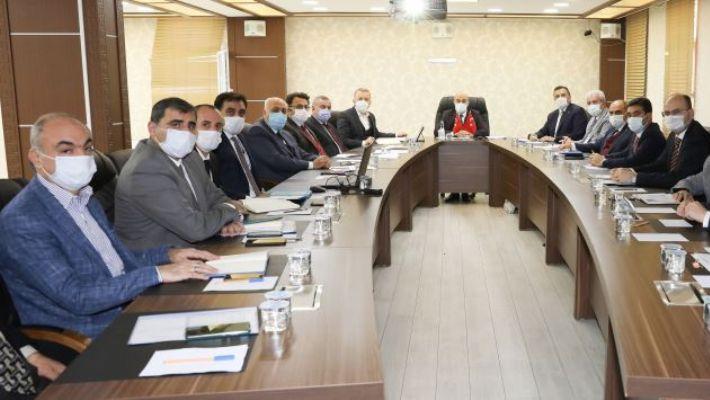 Vali Demirtaş, Belediye Başkanlarından sorunları dinledi