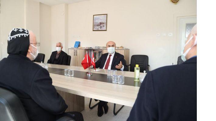 """Vali Demirtaş: """"Şehrimizin tüm sorunlarını ele almaya çalışıyoruz"""""""