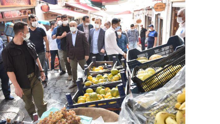Vali Demirtaş, Çarşı-Pazar gezdi