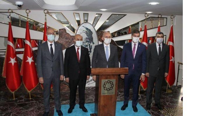 Bakan Karaismailoğlu, Mardin'de Temaslarını sürdüryor