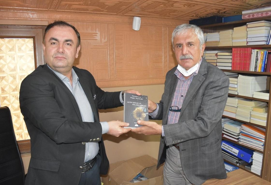 Halil El'in ikinci kitabı çıktı