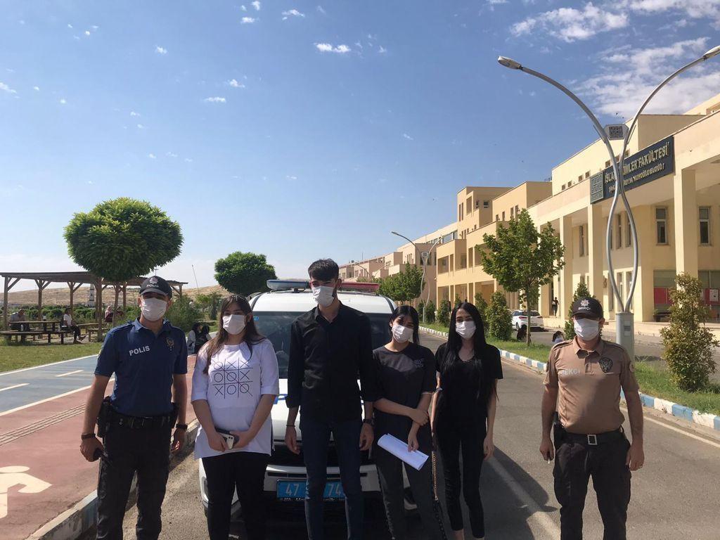 Mardin'de  polisin örnek davranışı