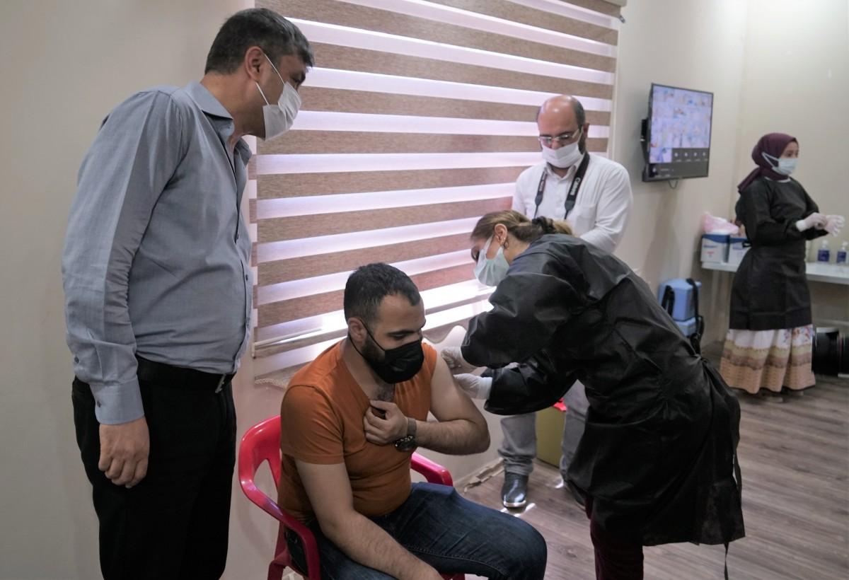 Mardin OSB'de Çalışanlar aşılanıyor