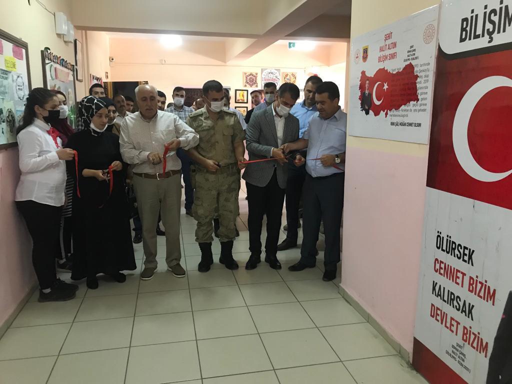 Şehit Uzman Çavuş Halit Altun adına Bilişim sınıfı açıldı