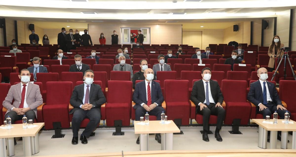 Vali Demirtaş, Turizm Platformu Toplantısında Konuştu