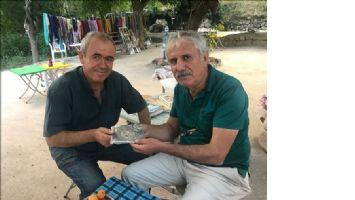 Üç  Dil bilen turizm elçisi