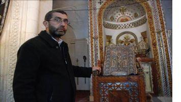 Midyat`ta Kilise'den çalının el yazmalı İncil bulundu