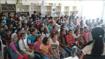 Zergan Ortaokulu Tiyatro Ekibi, Akıncı Ortaokulu'nda Sahne Aldı