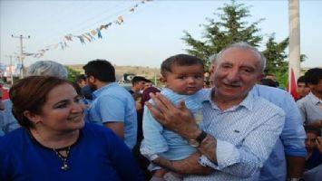 Orhan Miroğlu`na Babaocağında Büyük İlgi