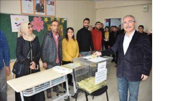 Vali Yaman, Mardin´de seçim güvenliğini 11 .887 güvenlik görevlisi sağlayacak