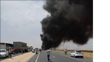 Mardin`de mazot yüklü tanker devrildi: 1 yaralı