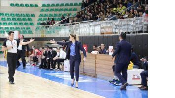Bir Basketbol Koç´u ve takımın  Başarı Hikayesi