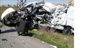İpekyolu´nda trafik kazası: 1 ölü, 10 yaralı