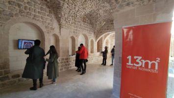 'Kayıtdışı' Sergisi Mardin'de açıldı