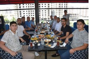 Ali Baba Cafe Restoran Farkı