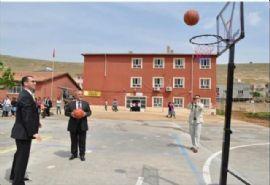 Okullara Basketbol Direği Ve Potası Montajı Yapıldı
