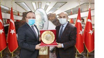 Elazığ Valisi Yırık'tan, Vali Demirtaş'a ziyaret