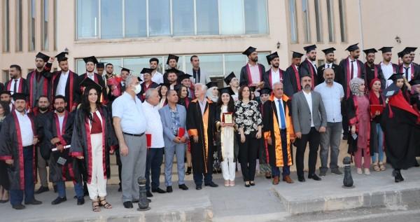 AÜ'de Suriyeli Öğrenciler Kep attı