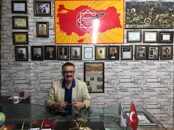 Aydoğan'dan,  O Ödül Törenine tepki