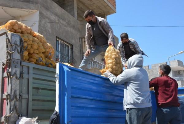 Cumhurbaşkanı Talimat verdi  Kızıltepe'de patates dağıtımı başladı