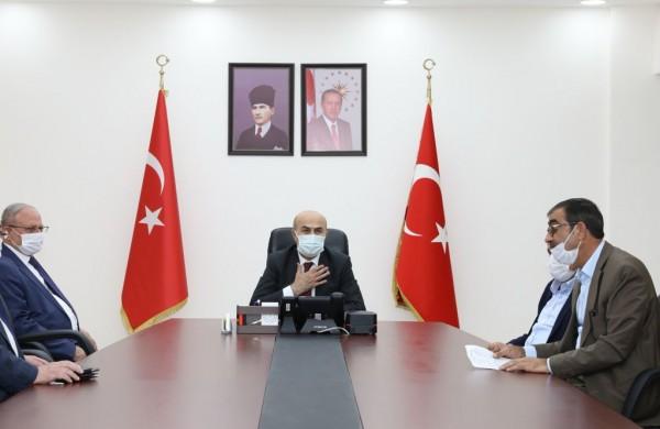 Kadim Aşiretler Federasyonu Vali Demirtaş'ı Ziyaret Etti