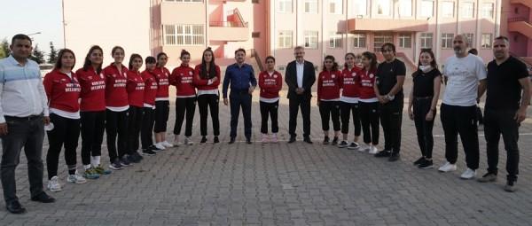 Kızıltepe'de Sporcu Fabrikası gibi okul