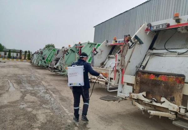 Mardin'de Çöp Konteynırları ilaçlanıyor