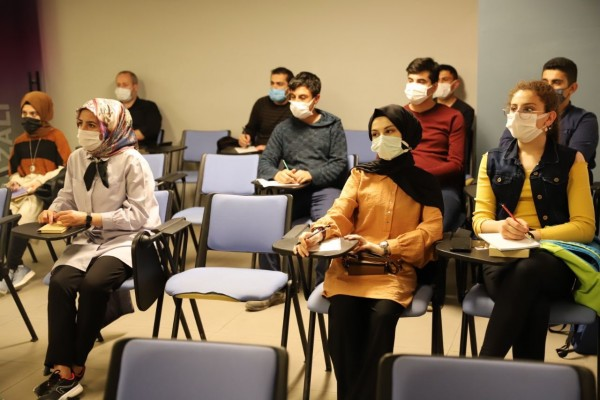 Mardinli Gençler Diploması Meraklısı