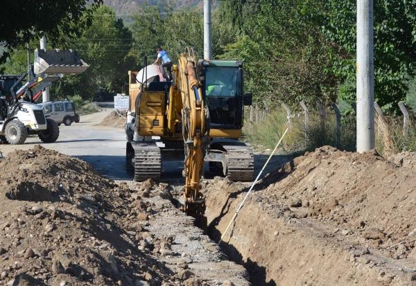 Muğla'da 14  mahallenin daha hattı yenilendi