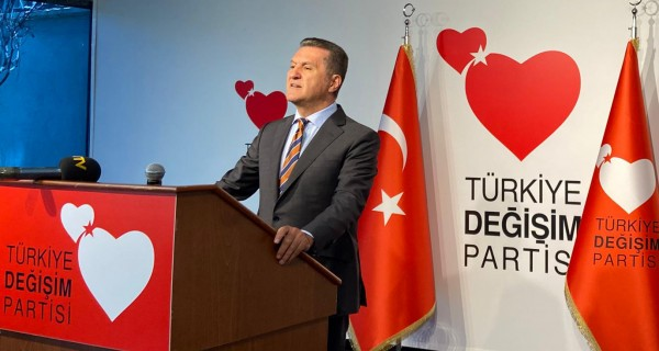 Mustafa Sarıgül'den o genelgeye tepki