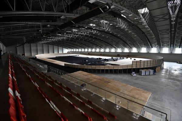 Osmangazi Atletizm Salonu'nun pisti kaplanıyor