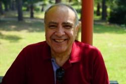 Dr. Nihat Özkan
