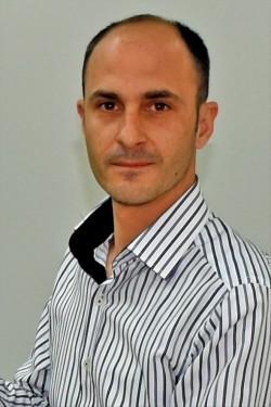 Latif Sakız